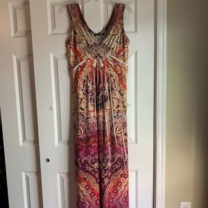 Apt 9 Maxi Dress. Size S